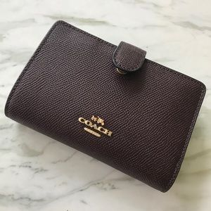 Coach Bags - Pebbled Leather Coach Wallet